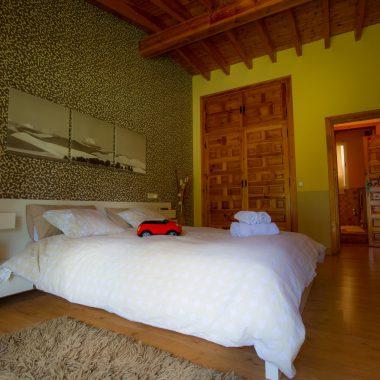 Habitación cama matrimonio · Villa Zorita, Casa Rural en Albalate de Zorita