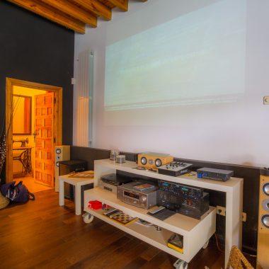 PlayStation, Equipo de Sonido Profesiobnal, Pantalla de cine... · Villa Zorita, Casa Rural en Albalate de Zorita